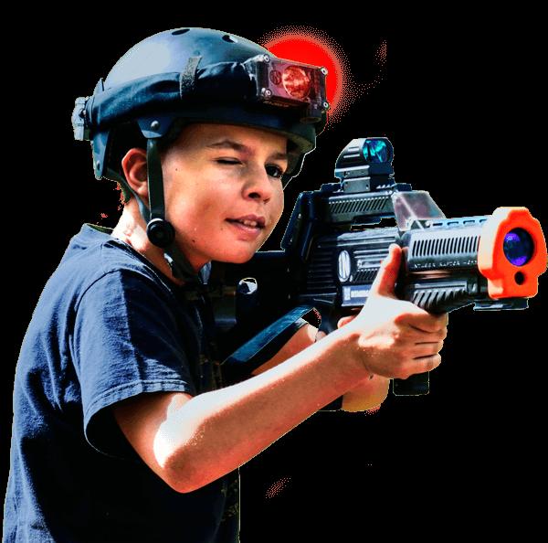 Kind met Raptor3 lasergame